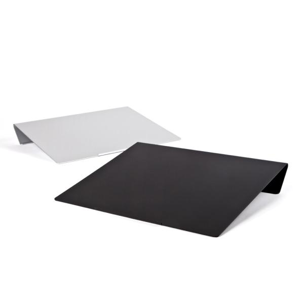 angle10 アングルテン ノートパソコンスタンド パソコン キーボード 台 PC 卓上傾斜台 猫背 姿勢 改善 BORDERLESS 専用マット付属 送料無料 シルバー ブラック|ergohuman