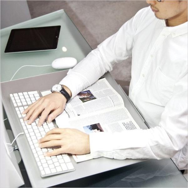 angle10 アングルテン ノートパソコンスタンド パソコン キーボード 台 PC 卓上傾斜台 猫背 姿勢 改善 BORDERLESS 専用マット付属 送料無料 シルバー ブラック|ergohuman|09