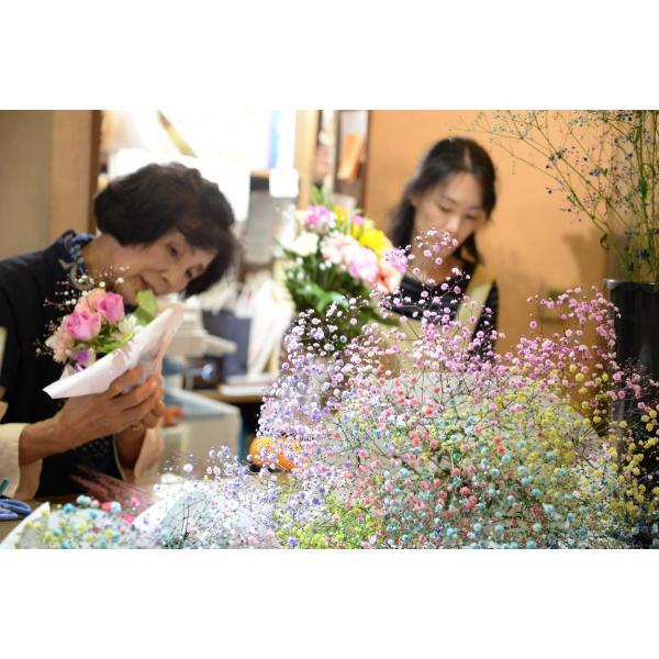 ふわふわブーケ3本 七色に輝く いわい生花のロマンチック かすみ草お試し3色|f-iwai|02