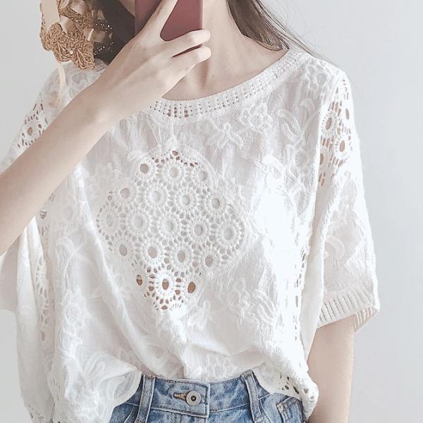 ブラウスレディースきれいめ40代春夏上品レース花刺繍ブラウス白シャツvネックトップス五分袖ゆったりオシャレ韓国風大人Tシャツ30