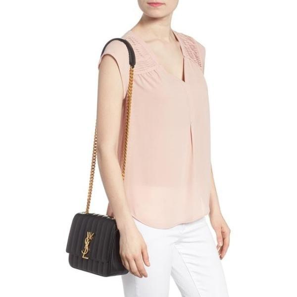 サンローラン レディース バッグ  Saint Laurent Medium Vicky Leather Crossbody Bag