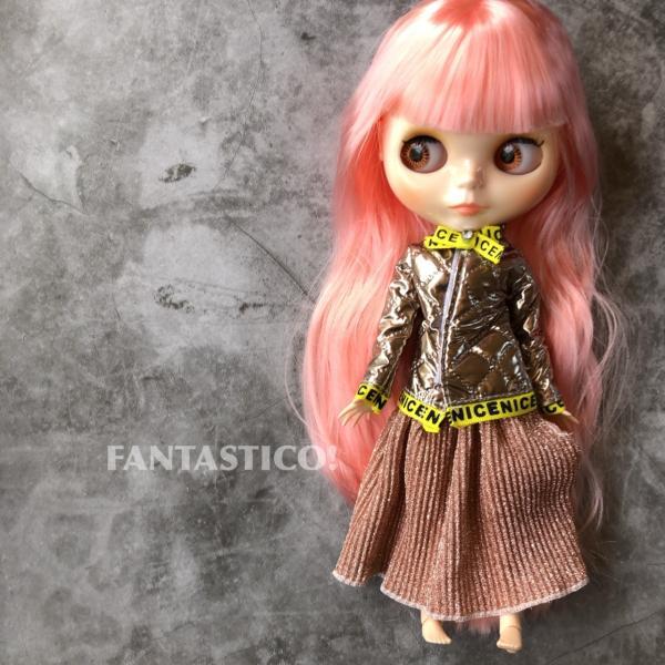 バービー人形用ドール用アウトフィット♪プリーツスカートとキルティングレザー調ジャケットのセットアップ♪2点セット☆ブライスドールにも♪
