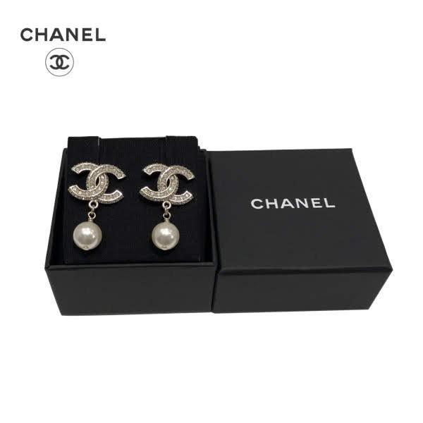 CHANEL Gold Rhinestone CC Pearl Earrings シャネル ゴールドCC ラインストーン スウィング パールピアス