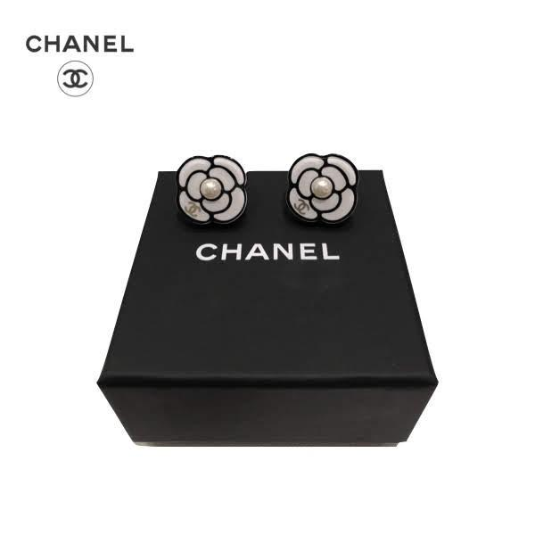 CHANEL Camellia Mini Perl White/Black Earrings シャネル カメリア ミニパール ホワイト/ブラック ピアス