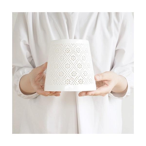 AXCIS アクシス 陶器 シェード フラワーレース 花柄 ランプシェード タイプC 照明 ランプ 白 ホワイト favoritestyle 06