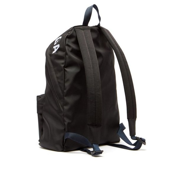 バレンシアガ Balenciaga メンズ バックパック・リュック バッグ Wheel logo-embroidered backpack Black