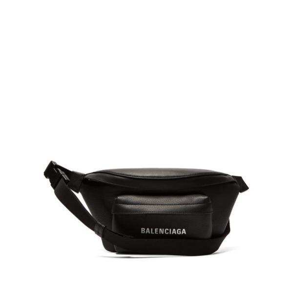 バレンシアガ Balenciaga レディース ボディバッグ・ウエストポーチ バッグ Everyday logo leather belt bag Black