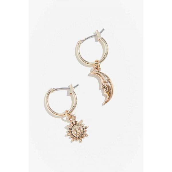 アーバンアウトフィッターズ Urban Outfitters レディース イヤリング・ピアス フープピアス チャーム celestial mini charm hoop earring Gold