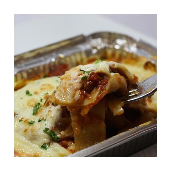 オーブンで焼くだけ!イタリア料理店の「ラザニア」