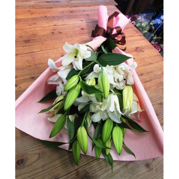 長いユリが5本の花束、大切な人へのギフト、お誕生日などに|flowerexpress-com|02