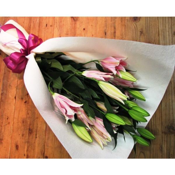 長いユリが5本の花束、大切な人へのギフト、お誕生日などに|flowerexpress-com|08