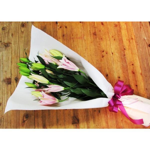 長いユリが5本の花束、大切な人へのギフト、お誕生日などに|flowerexpress-com|09