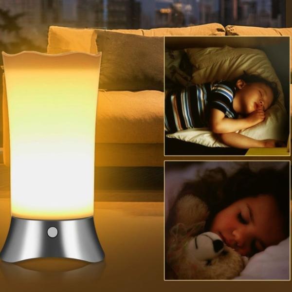 間接照明 センサーライト 屋内 屋外 おしゃれ インテリア LED フットライト 人感センサー おしゃれ 電池式 明るい 室内 玄関 寝室 廊下 階段 ナイトライト|four-piece|16
