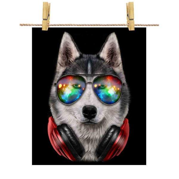 【シベリアンハスキー ドッグ 犬 いぬ サングラス ヘッドフォン】ポストカード by Fox Republic