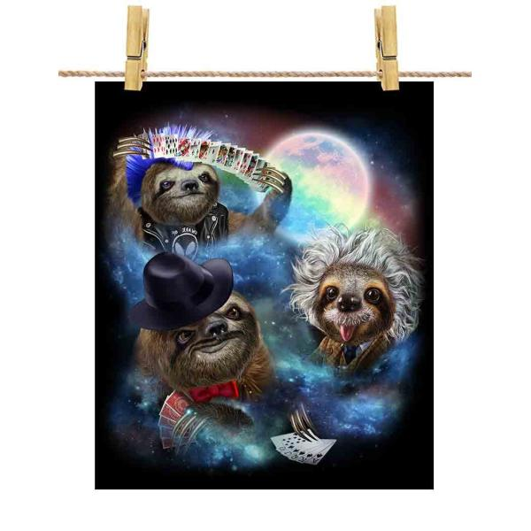 ポストカード トランプで遊ぶナマケモノ 宇宙 月 by Fox Republic