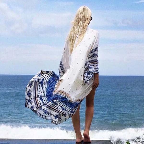 夏の海が似合う! 健康的でかわいいいビーチガールファッションに挑戦