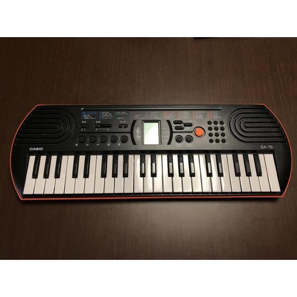 キーボードCASIOSA-76カシオ高音質自動演奏液晶44ミニ鍵盤内蔵音色100電池駆動本体のみ