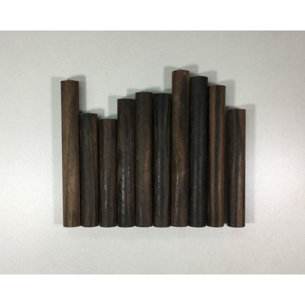 【DIY・クラフト用木材】縞黒檀(しまこくたん) 丸棒 端材 約17パイx約100mm〜130mm 10本入 1パック【サイズ・色等の商品選択は不可】|ganbariya-shop
