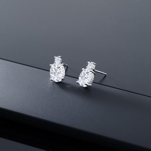 ピアス 5カラット モアッサナイト Charles & Colvard 合成ホワイトサファイア(ダイヤのような無色透明) 14金 ホワイトゴールド(K14)