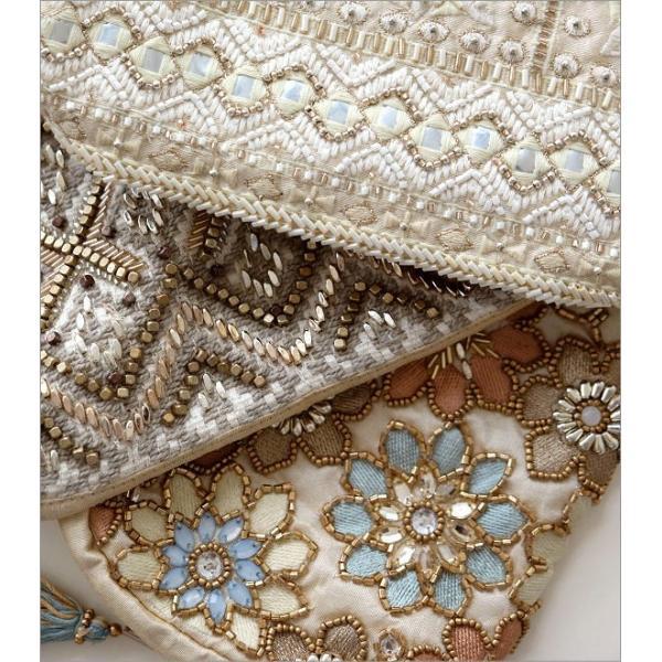 ポーチ 小物入れ かわいい デザイン タッセル 布張り おしゃれ 携帯 スマホ アクセサリーポーチ ペンケース ビーズ刺繍ポーチ 3タイプ
