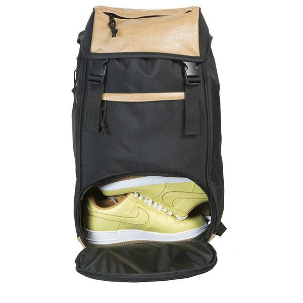 8458501a11c7e4 ... バッグ FLUD フラッド THE MAYOR SNEAKER TECH BACKPACK(メイヤースニーカー テックバックパック)  BLACK ...