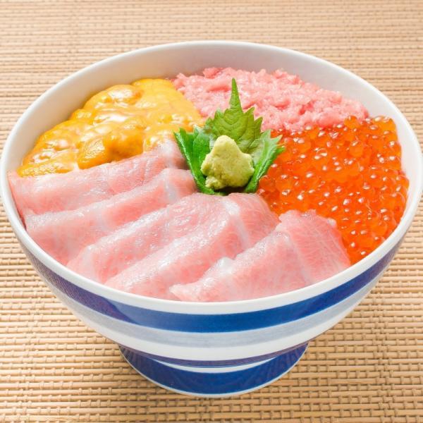 築地の海鮮丼セット(究極・約2杯分)本マグロ大トロ特盛り200g&無添加生うに&北海道産イクラ&王様のネギトロ|gourmet-no-ousama|05