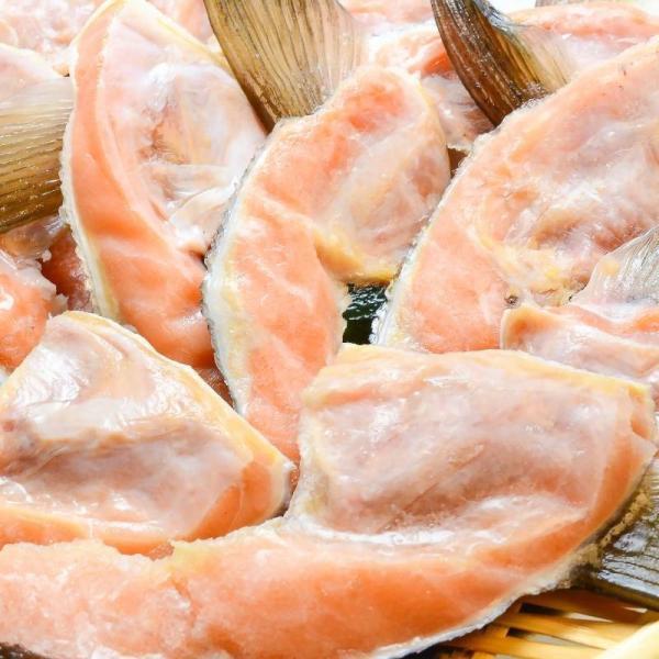 (サーモン 鮭 サケ) 鮭カマ(30〜36枚前後・冷凍時総重量3kg・真空パック)|gourmet-no-ousama|02