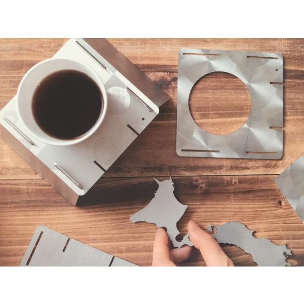 そういえばほしかった、紙コップや箸が飛ばされずアウトドアを満喫、メディアでも紹介された「3Dカップインコースター」|hakoya