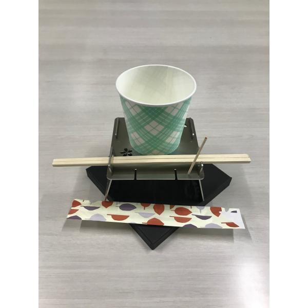 そういえばほしかった、紙コップや箸が飛ばされずアウトドアを満喫、メディアでも紹介された「3Dカップインコースター」|hakoya|03