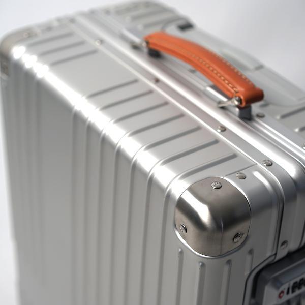 イノベーター アルミスーツケース メーカー直送  Sサイズ 2年保証付き INV1811 1〜2日 機内持ち込み 36L innovator TSAロック搭載 ダイヤルロック|haloaboxart|05