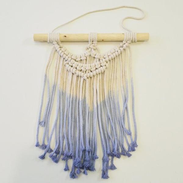 ハワイアン雑貨 マクラメ編み タペストリー ブルー ショート 高さ約79cm×幅約41cm 壁掛け オーナメント|hanahawaii|02
