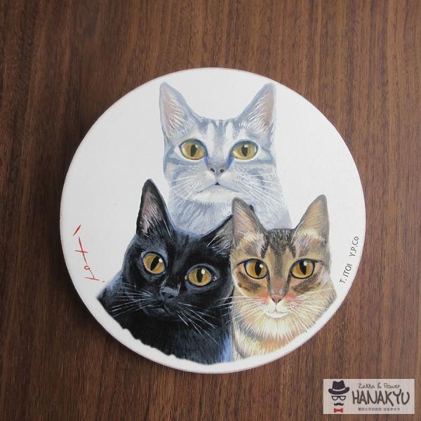 送料無料 木製ラウンドアート 3色トリオ M 違う種類の3匹の猫のつぶらな瞳のかわいい壁掛け 糸井忠晴|hanakyu|02