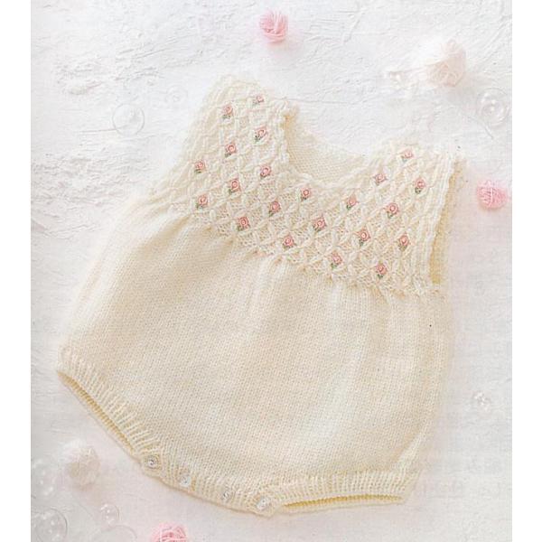 手編みキット 03A67編み図付 ハマナカ毛糸 かわいい赤ちゃん 生成(#2)3玉で編む スモッキングと小花刺繍のロンパース