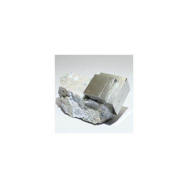 《スペイン産》母岩付キュービックパイライト原石 26g
