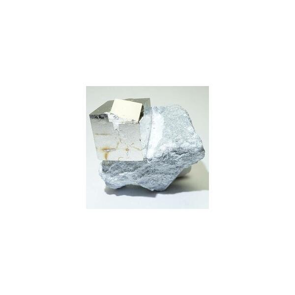 《スペイン産》母岩付キュービックパイライト原石 56g