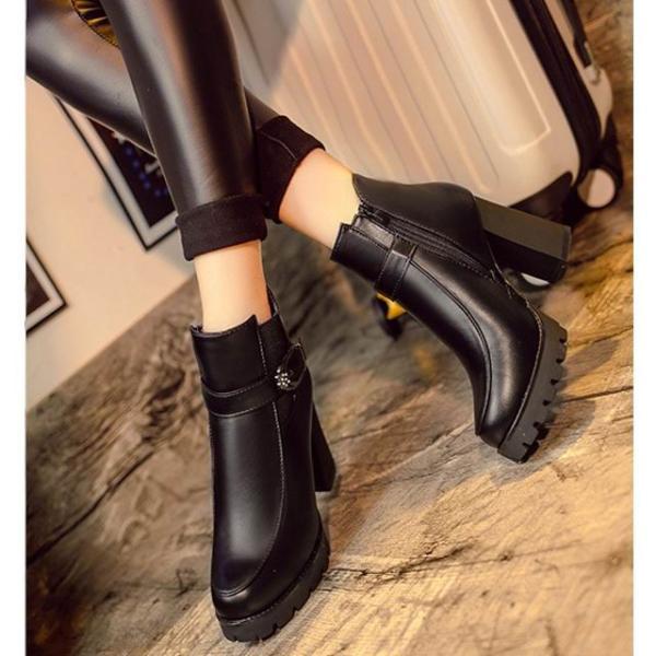 ブーツ ショートブーツ 裏起毛 レディース ヒールブーツ ヒール 靴 シューズ ベルト 太ヒール 春 アウトレット