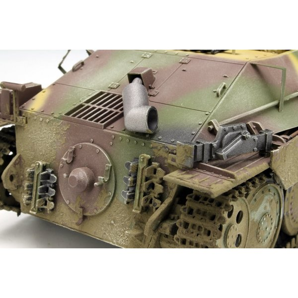 プラッツ 1/35 第二次世界大戦 ドイツ軍 駆逐戦車 38(t)2cm対空機関砲 Flak38搭載型 プラモデル DR6399|heros-shop|12