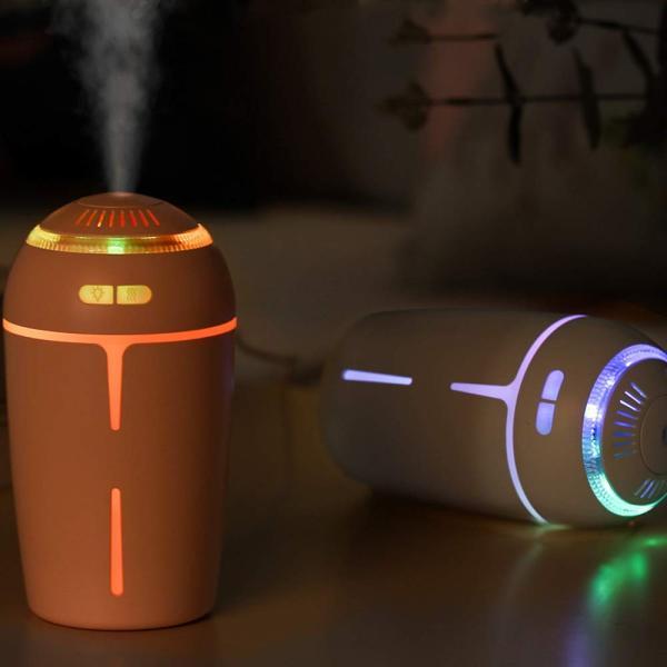 加湿器 超音波式 USB加湿器 卓上加湿器 アロマディフューザー カラフルLEDライト搭載 2段霧量調節 空焚き防止機能搭載 車内 部屋 会