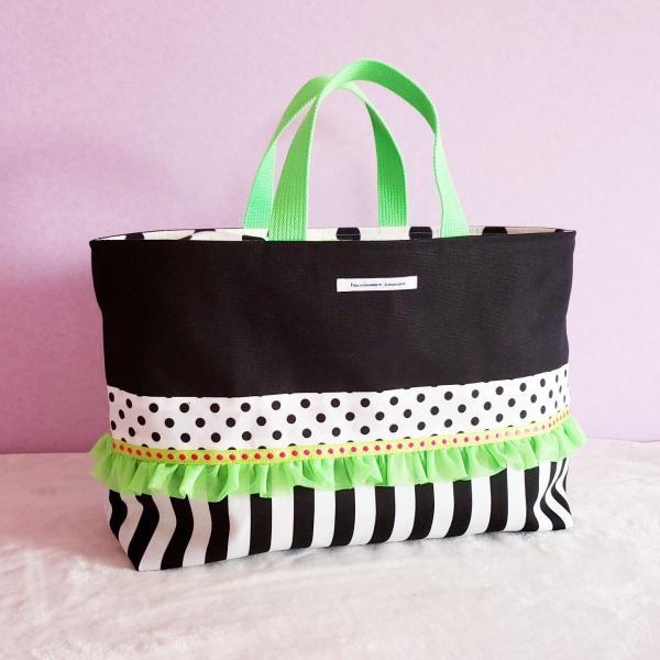 ネオングリーンと黒帆布のトートバッグ(裏地巾着)・大 受注製作「haussement innocent」|hi-inari
