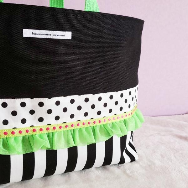 ネオングリーンと黒帆布のトートバッグ(裏地巾着)・大 受注製作「haussement innocent」|hi-inari|03
