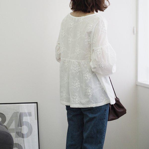 小花刺繍ブラウス レディース ブラウス 長袖 ラウンドネック ホワイト 白 レース 刺繍 大人可愛い mサイズ 20代 30代 40代|himawari1013|09