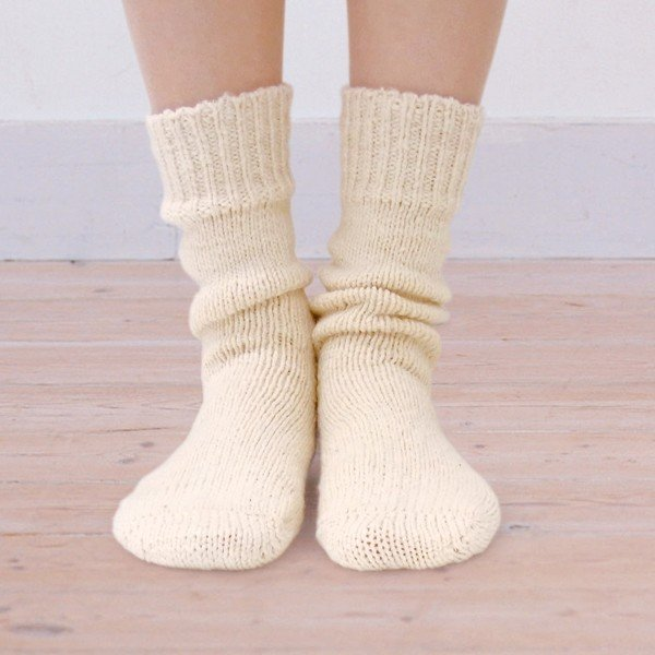 【あしごろも】シルク入りのなめらかソックス シルク イン ソックス 手紡ぎオーガニックコットン 自然栽培綿 手つむぎ 綿靴下 白 無地 hotohoto-shop