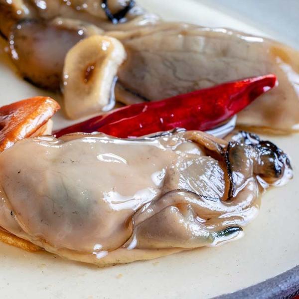 大槌の牡蛎燻製《にんにくオイル》ミニ 〜岩手・三陸産直カキなどとっておきのオイスターを贅沢スモークに。ご自宅用・ご贈答用に|hyotanjima-tomaya|03