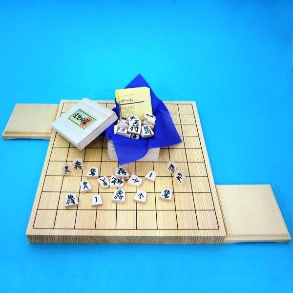 木製将棋セット 新かや1寸卓上接合将棋盤松と山形天童の将棋駒白椿中彫に駒台付