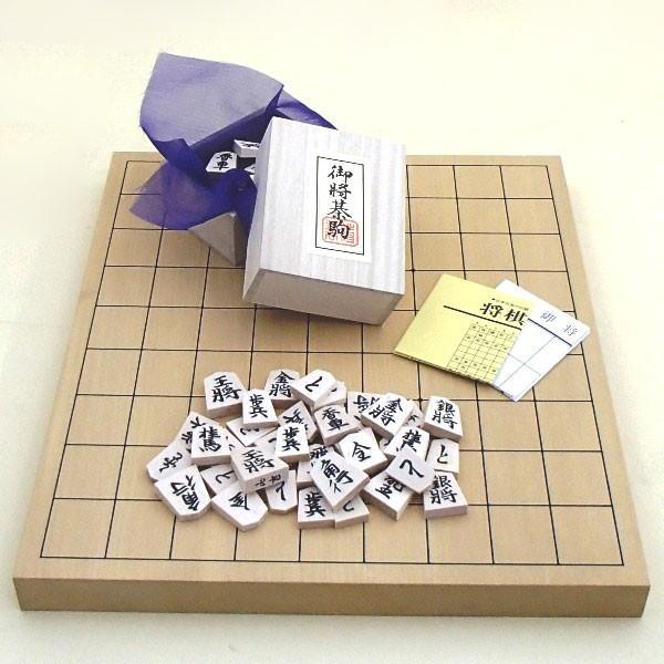 木製将棋セット 新かや1寸卓上接合将棋盤竹と山形天童の将棋駒白椿上彫