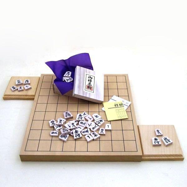 木製将棋セット 新かや1寸卓上接合将棋盤竹と将棋駒白椿中彫に駒台付