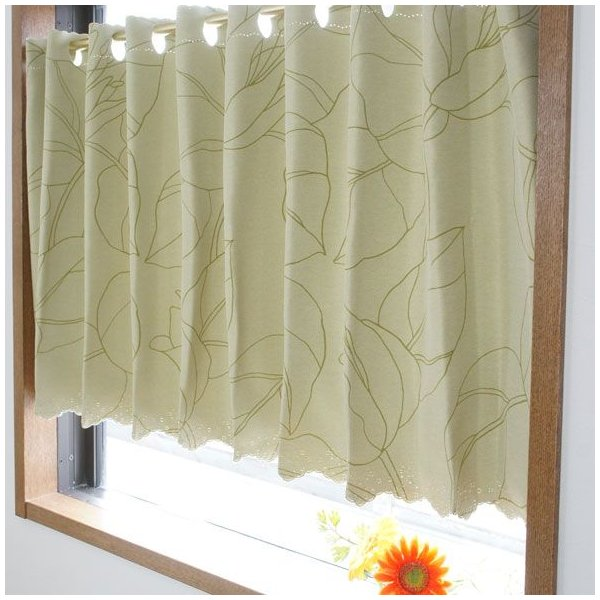 【インテリア】カフェカーテンで素敵な小窓の作り方