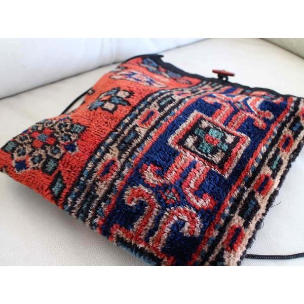 【レターパック利用可】 オールドカーペットのポシェットMサイズ/Old Carpet Pochette・Large size