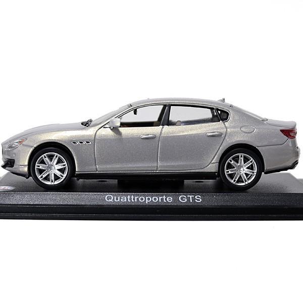 1/43 マセラティ純正 Quattroporte GTSミニチュアモデル(シャンパン)|itazatsu|03