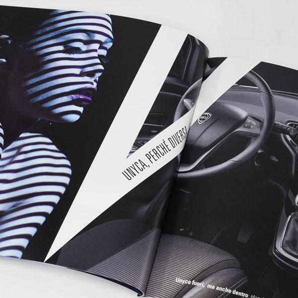 ランチア Ypsilon 3本国カタログ|itazatsu|09